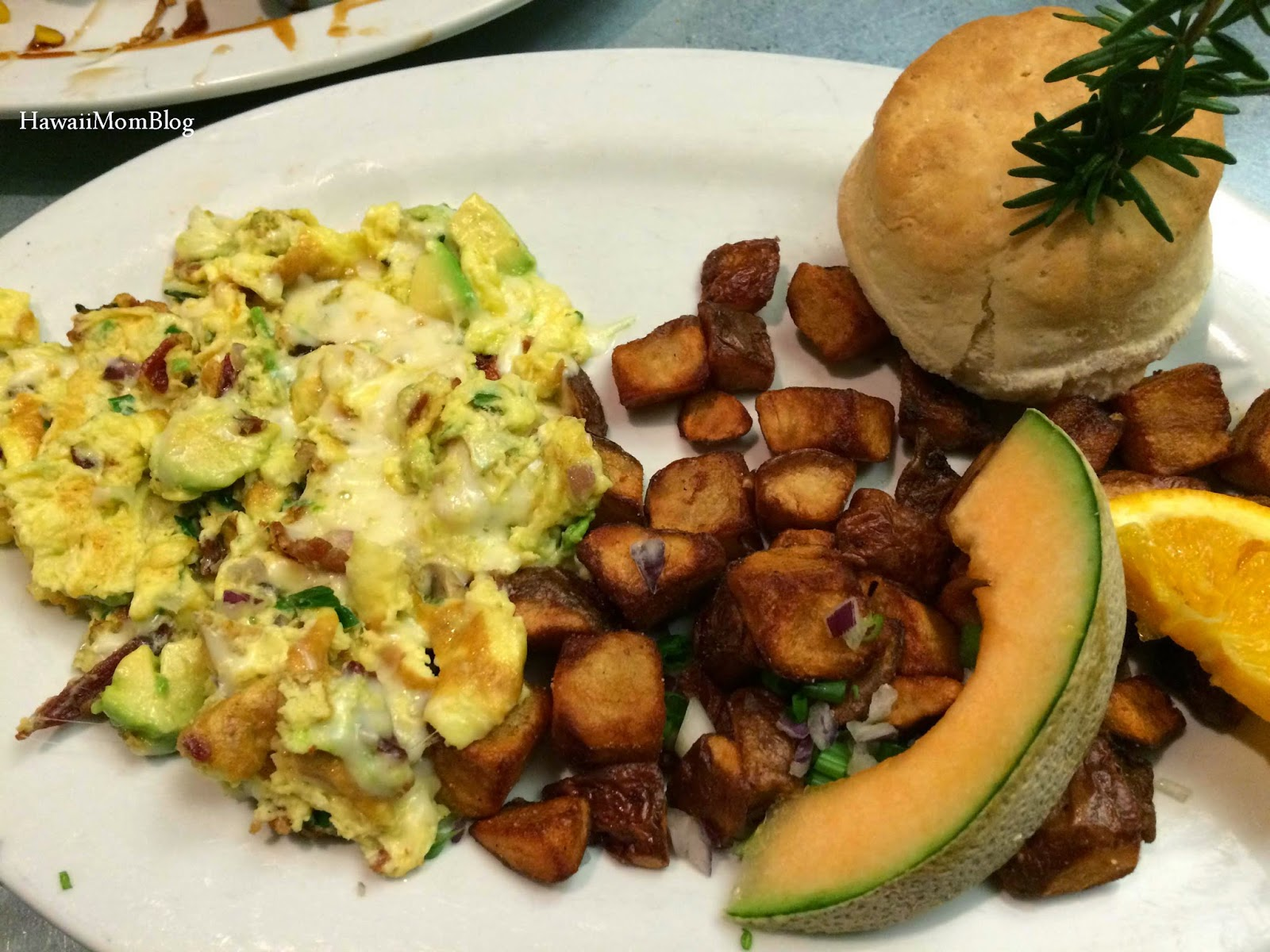 Hardwood Smoked Bacon, Avocado, Onion U0026 Swiss Cheese Farmeru0027s Scramble With  Crispy Potatoes