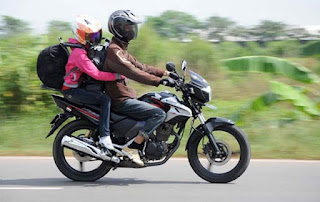 Tips Carmudi: Berkendara Sepeda Motor Ketika Masa Liburan