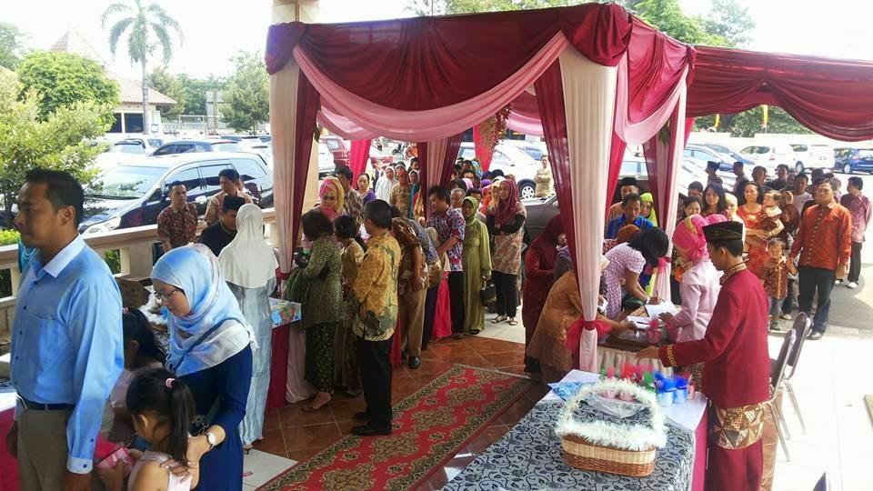 Nasyid pernikahan, spesialis hiburan music pernikahan Islami, dan elegan.