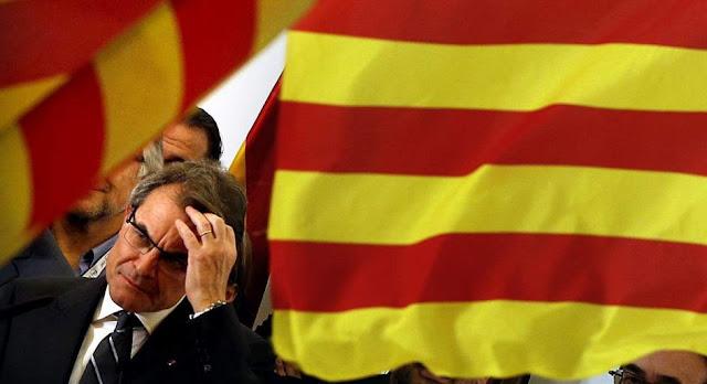 Gana Artur Mas, pero su desafío soberanista le cuesta 12 escaños