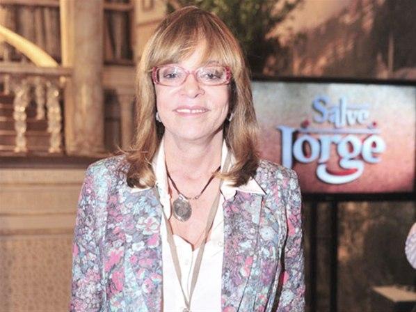 Glória Perez avisa: 'O elevador tem câmera sim'