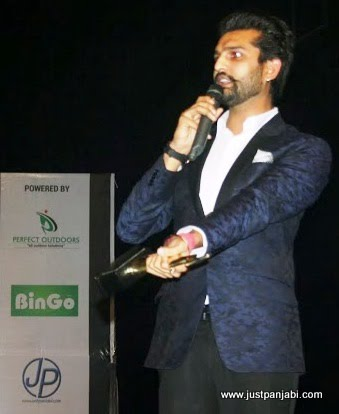 Punjabi Actor Singer Yuvraj Hans Performing live on Just Panjabi sponsored event PCGH