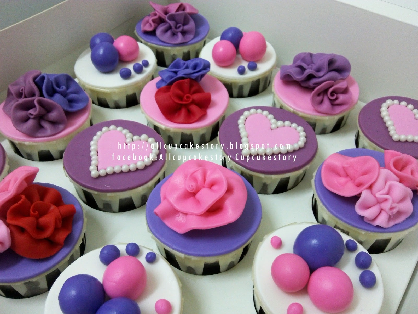 Edible Butterflies  Small Assorted Pink and Purple Set