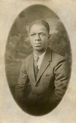 Free Old Photo Young African American Man