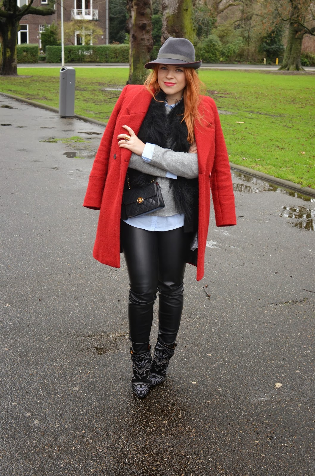 fashion-bridge, fashion bridge, fashion bridge blog, fashion-bridge.blogspot.com, street style, dutch street style, dutch street fashion, street fashion, street style Netherlands, vintage Chanel, vintage Chanel bags, handcrafted hats, Isabel Marant boots