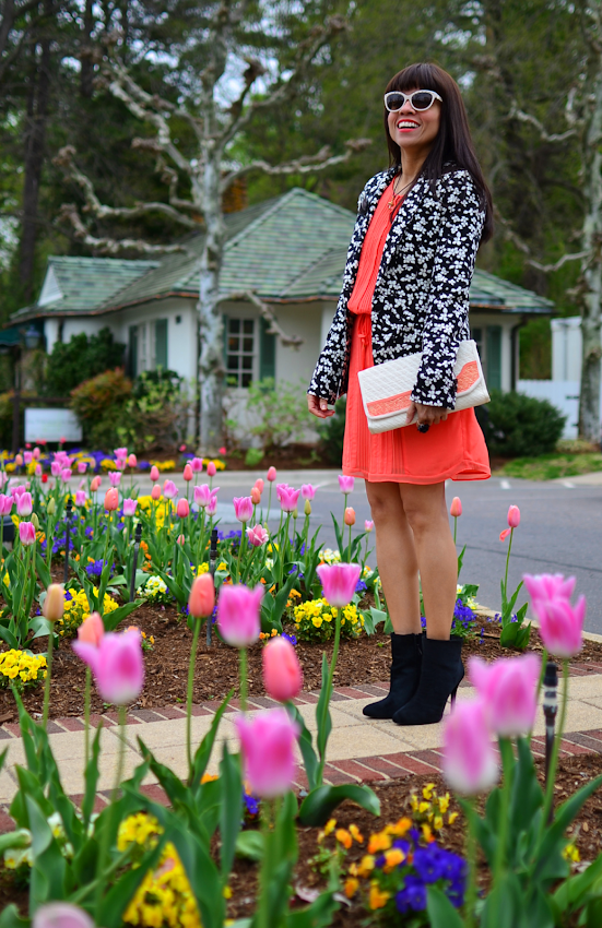 How to style a coral dress