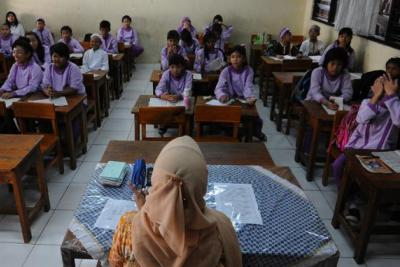 Hati-hati, Tunjangan Profesi Guru ( TPG ) Sebulan Tidak Cair