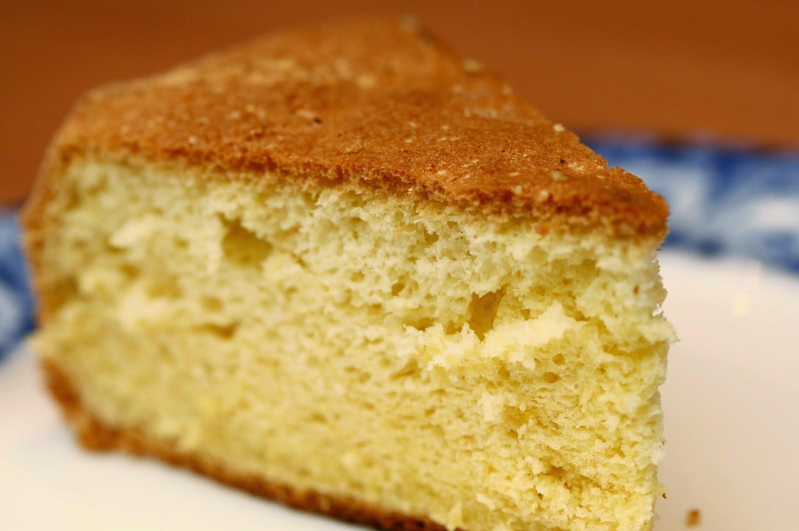Riquísimo bizcochuelo preparado con harina de arroz o harina apta para celíacos y de bajas calorías!