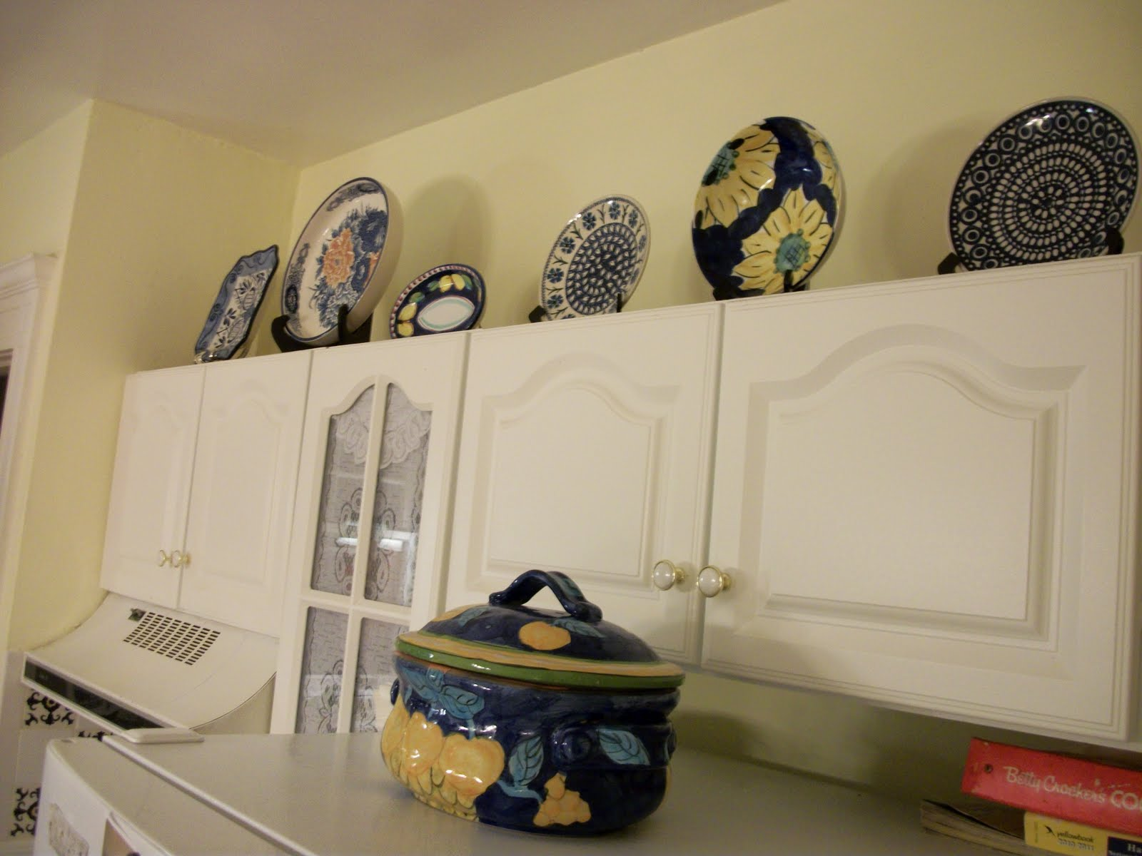 Writing Straight From The Heart: Kitchen Cabinet Plate Gallery