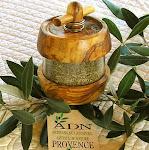 Moulin à herbes - ADN Provence