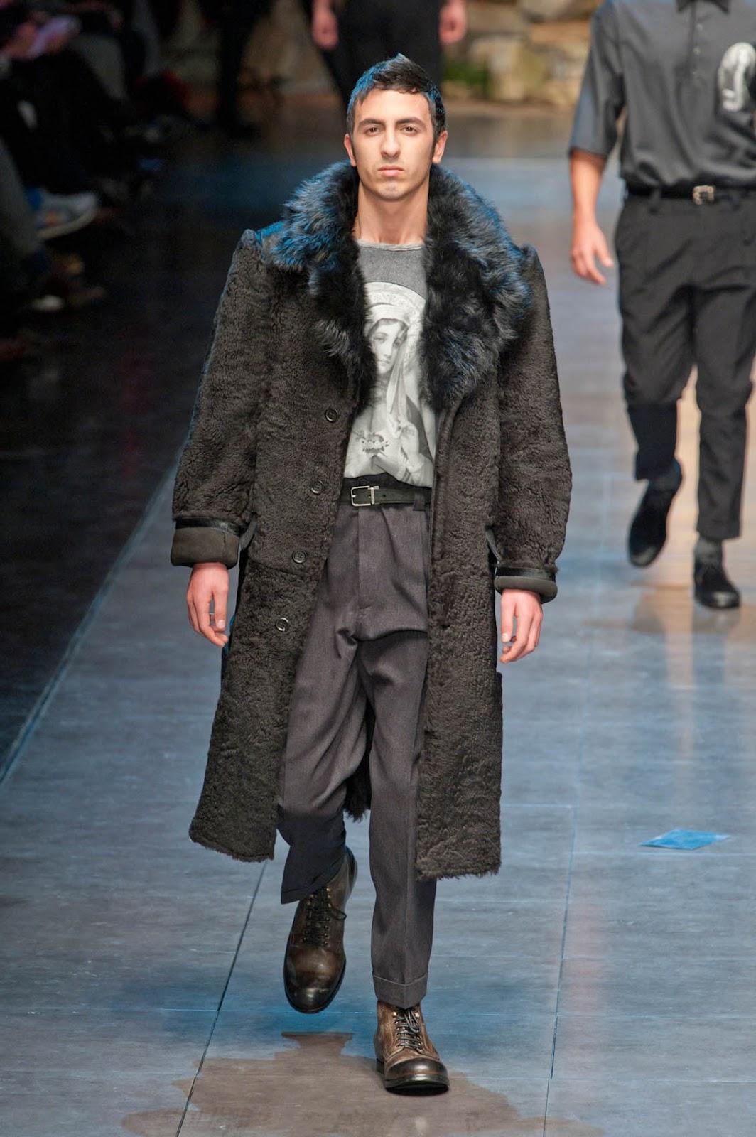 Fashion week Coats fur fall-winter for men for girls