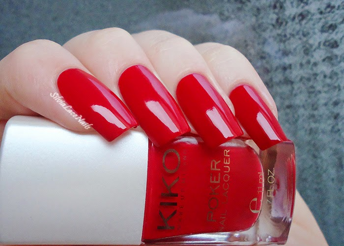 KIKO Poker Nail Lacquer 03 Suggestive Red: Swatches