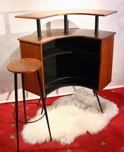 chicbaazar objets vintage 50 60 70 bar demi lune teck scandinave 1950. Black Bedroom Furniture Sets. Home Design Ideas
