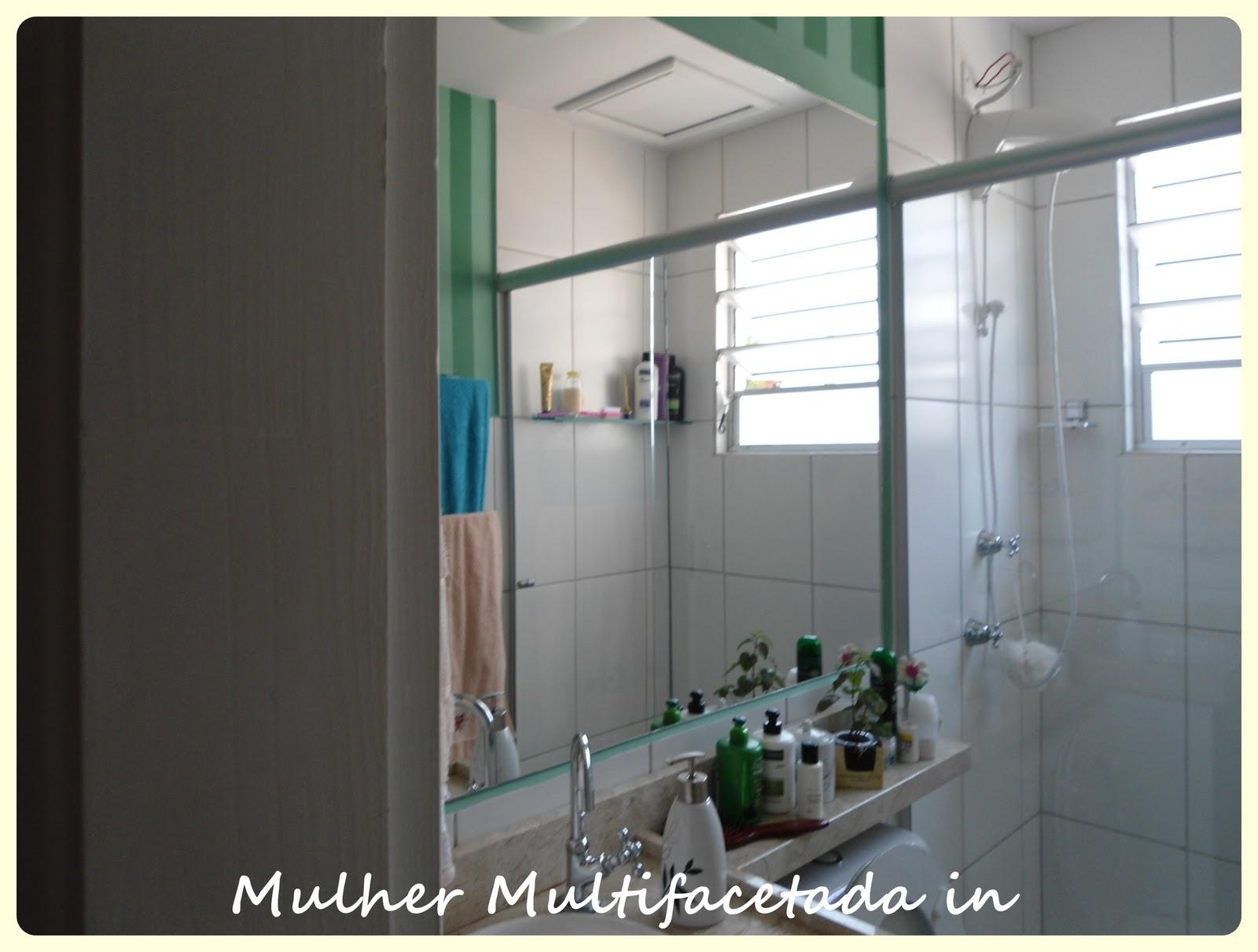 teto para poder colocar o espelho desta forma (antes era assim e no #415F4D 1600x1211 Banheiro Azulejo Ate O Teto