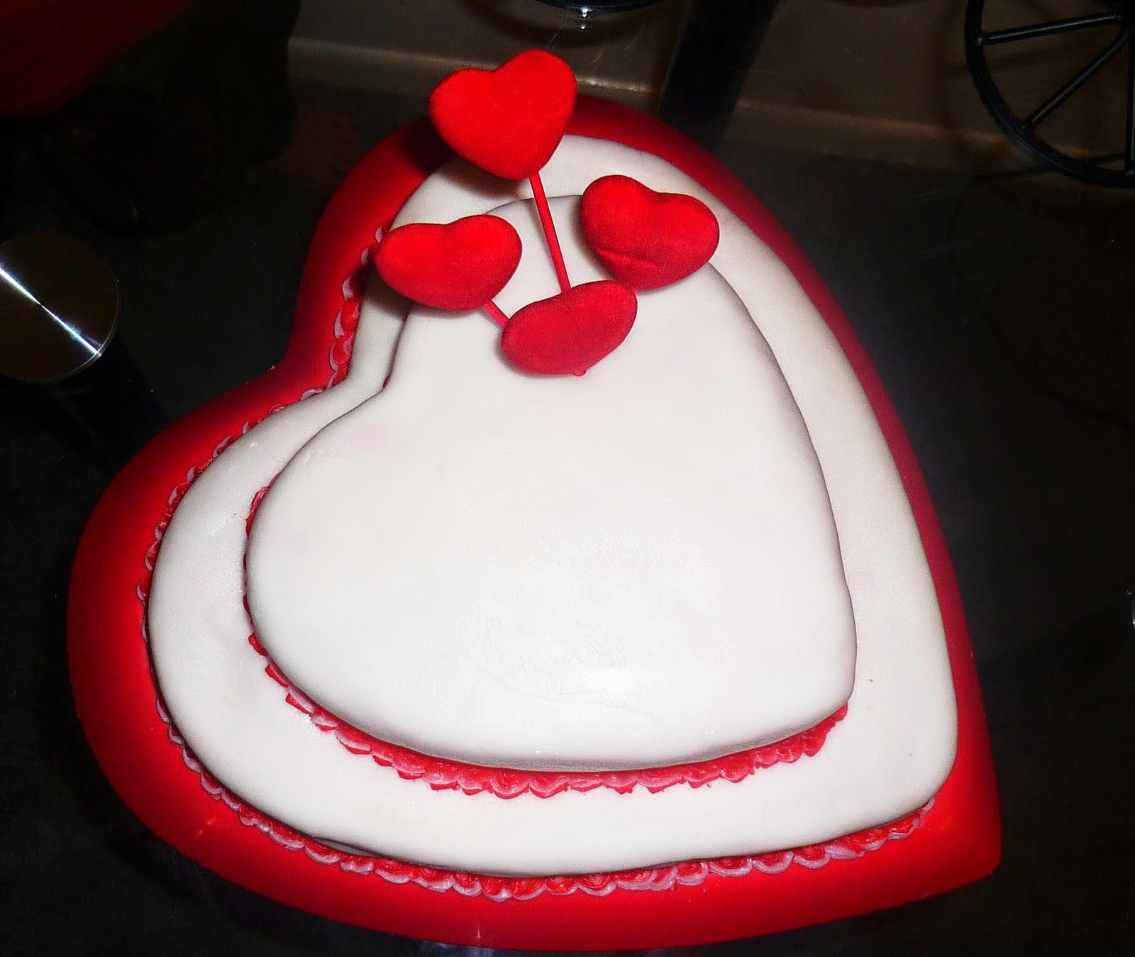 Top 10 Photo Gallery Love Cake Birthday Pic Sms Wallpaper