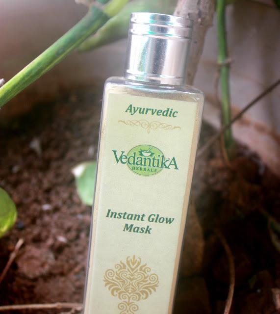 Vedantika Herbals Ayurvedic Instant Glow Mask Review