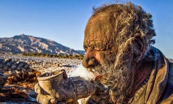 Amoo, pria tidak mandi selama 60 tahun