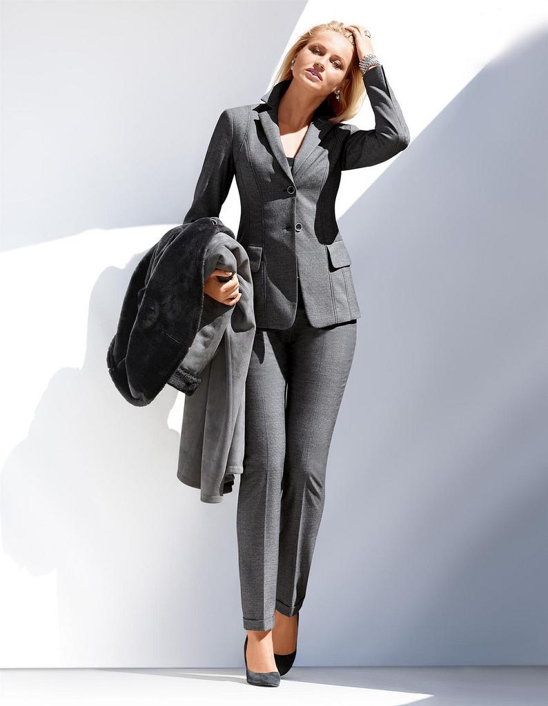 Moda ejecutiva look d sabrera per d sabrera look Diseno de uniformes para oficina 2017
