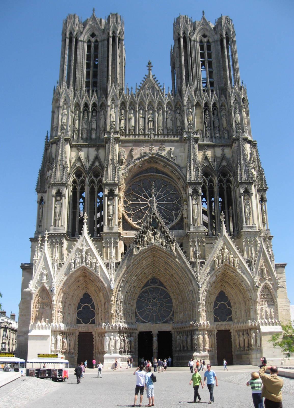 Vaarttuig avonturen over reims en groene tunnels - Verblijf kathedraal ...
