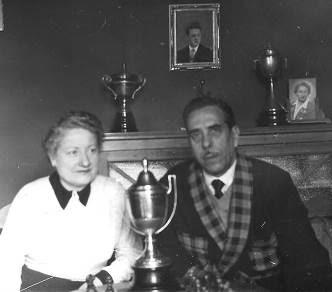 Santiago Monerris con su esposa Julia Maldonado