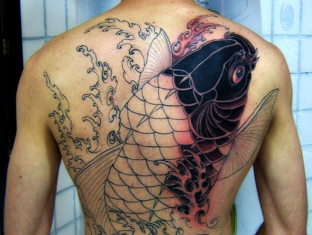 tattoo designs for men hip reviews best price reviews can tattoo ink spread under skin free. Black Bedroom Furniture Sets. Home Design Ideas