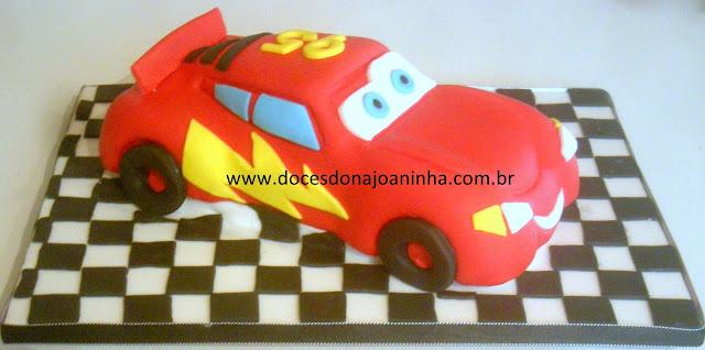 bolo decorado carro