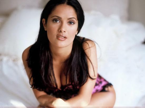 salma_hayek_hot_hq_picture_Fun_Hungama