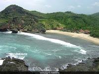 pantai siung, pantai wonosari, pantai terindah diwonosari