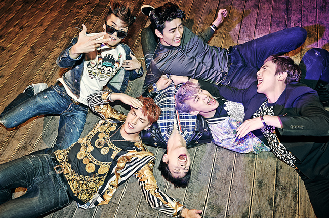 2PM's 'Go Crazy!' makes it on 1st place on Oricon Chart!