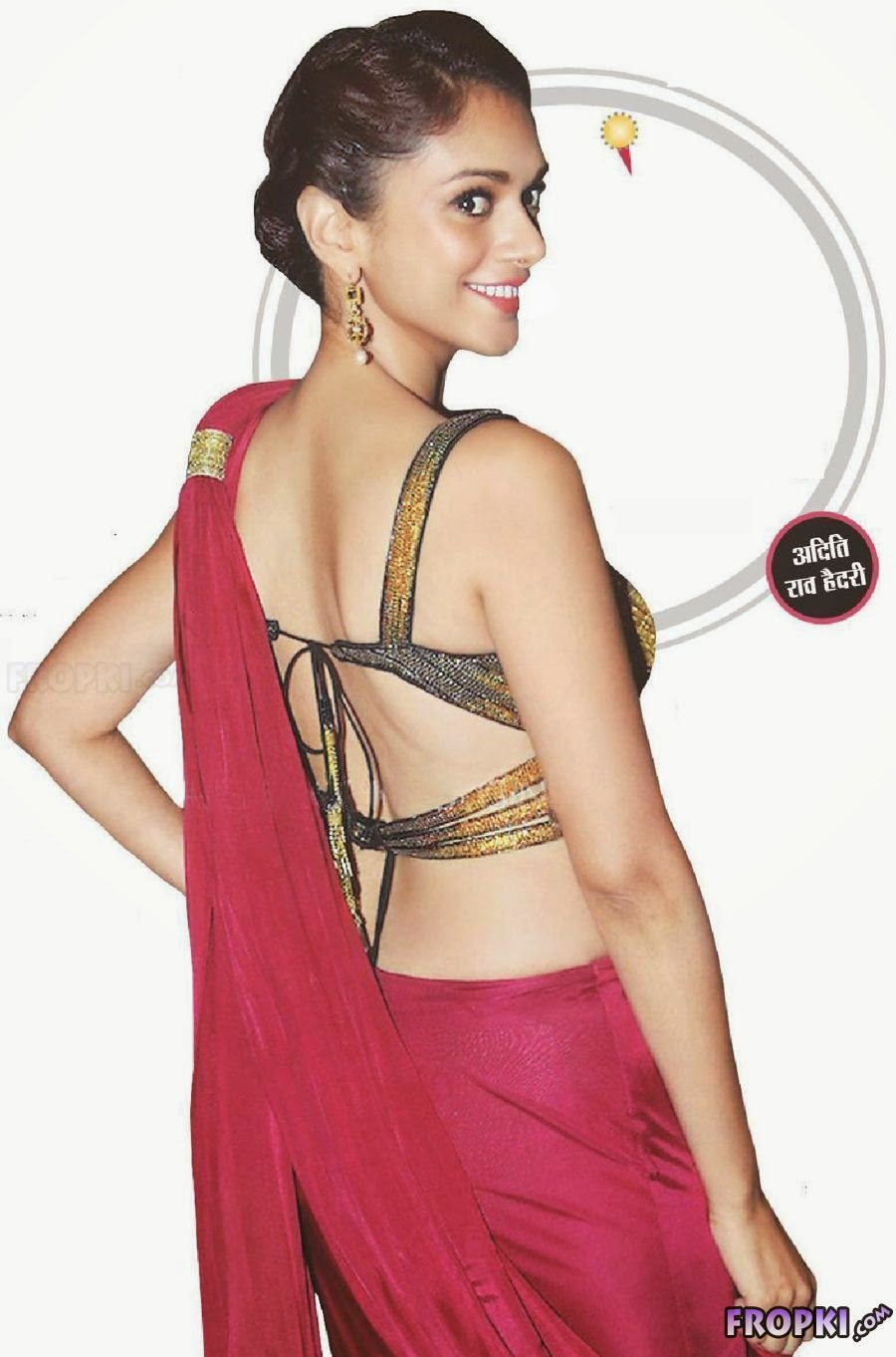 Backless photos of bollywood actress