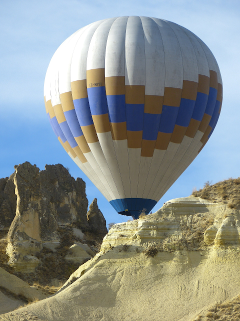 hot air balloon; blogging tips; great photos