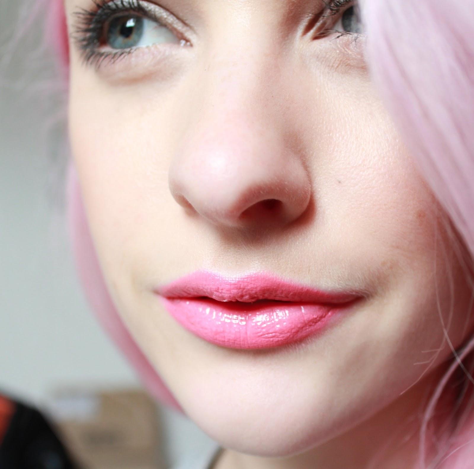Bobbi Brown High Shimmer Lip Gloss in Bare Sparkle