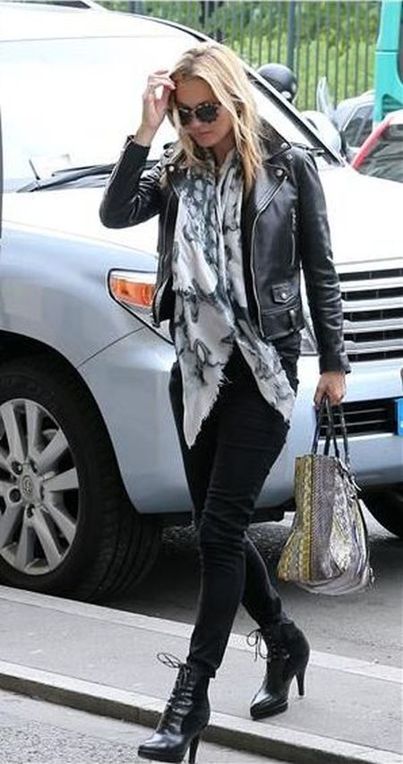 Kate Moss stylish street style outfit with printed scarf