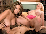 Selena_Scarlett_The Pick-up Girls_m