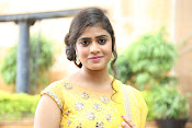 Telugu actress samatha glamorous photos-thumbnail-1