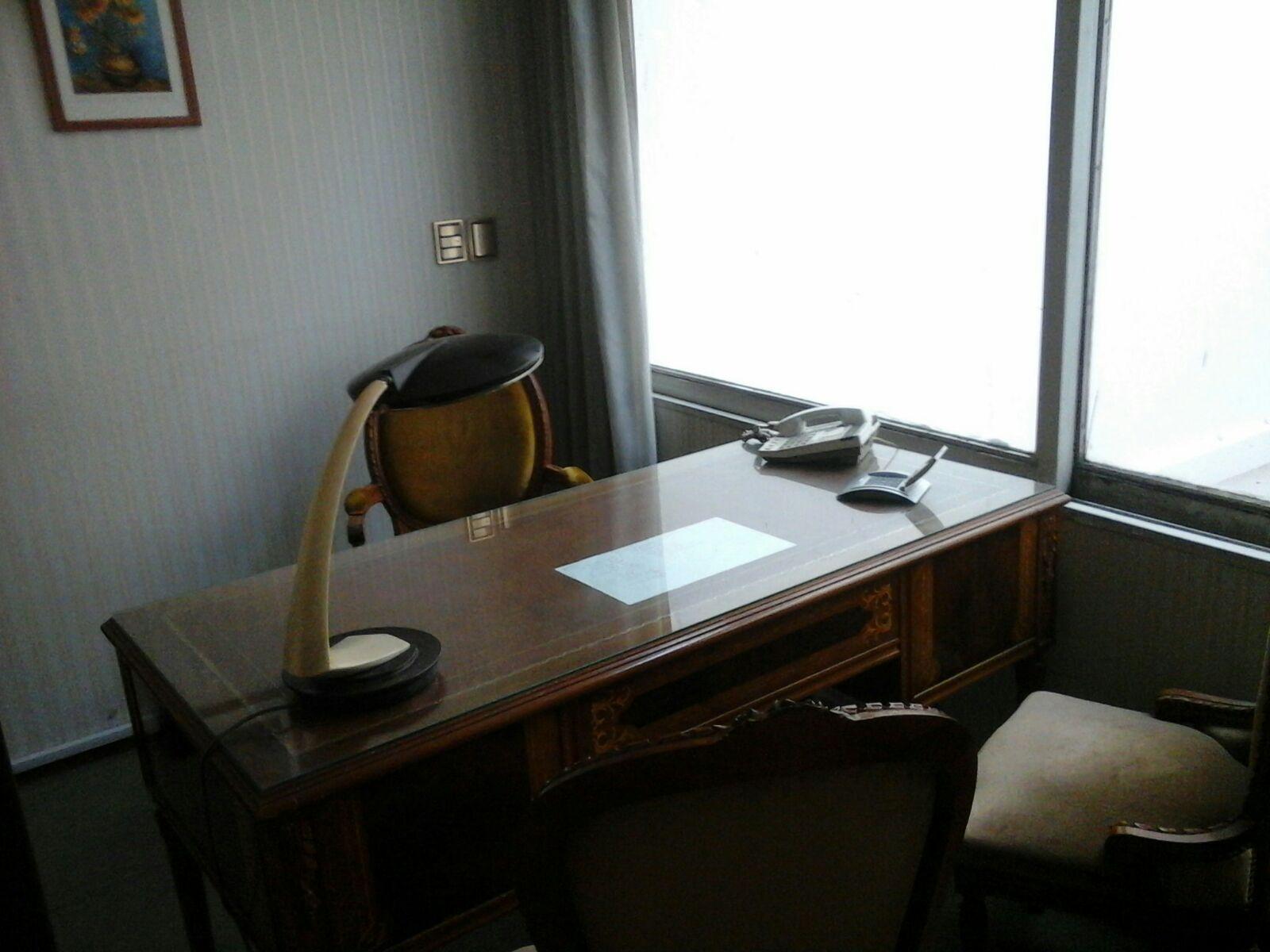 Amplios despachos