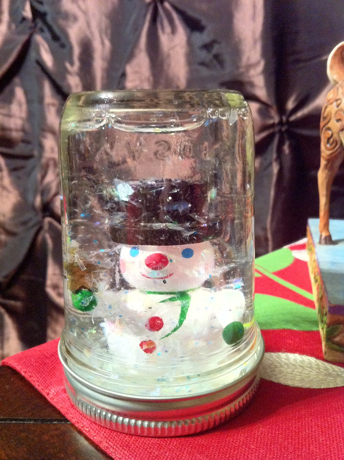 The happy holiday girl homemade snow globes for Easy homemade christmas snow globes
