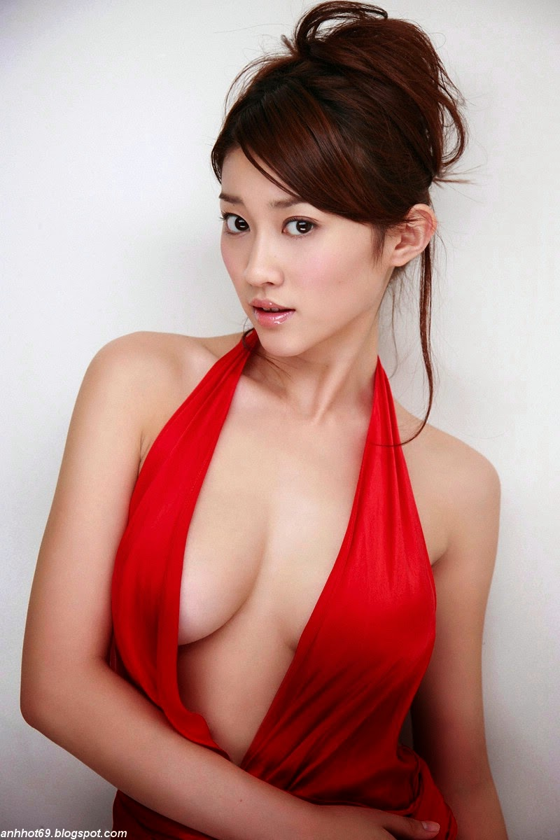 mikie-hara-00538699