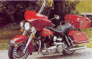 Harley Davidson Big Twin 80' - Academy 1/10 Harley%2B1