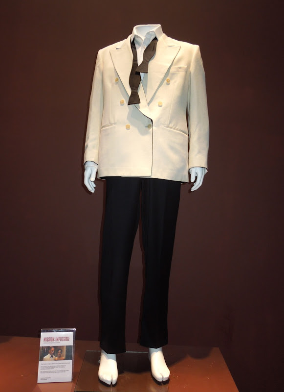Tom Cruise Mission Impossible costume