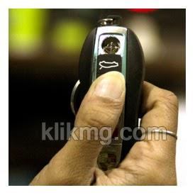 Korek Api elektrik USB ber-logo Remote Mobil Ferrari - Kode Barang : A0035 | Tanpa bahan kimia dan ramah lingkungan