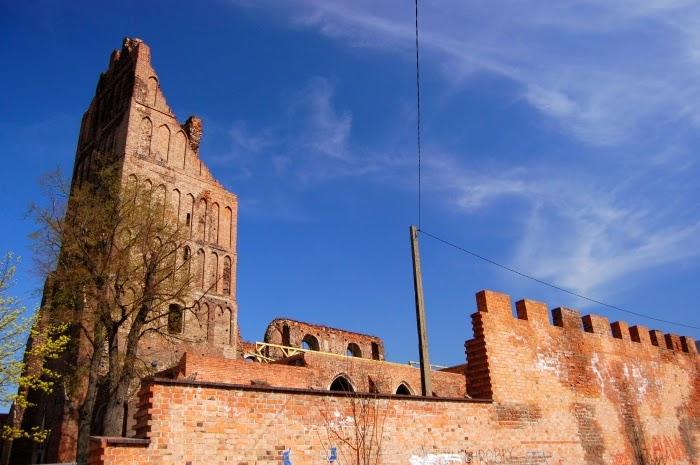 Ruiny kościóła św. Mikołaja