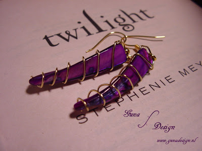 Twilight Saga Mother of Pearl  wire Earrings Bella's lullaby by Gunadesign