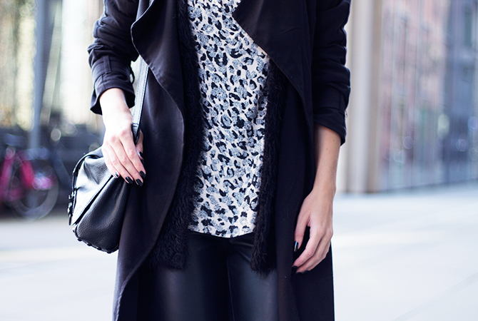 Fashion Attacks black printed outfit ootd