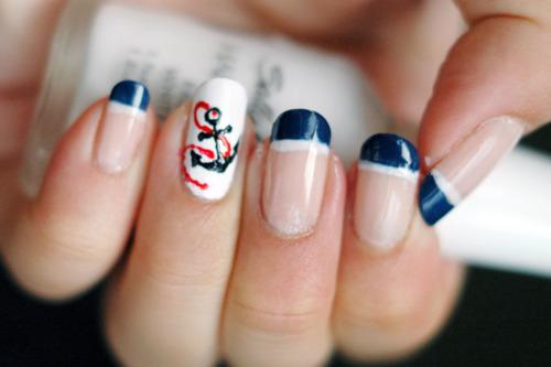 Tara-Lee.In.Candyland.: Sailor/Nautical nail designs