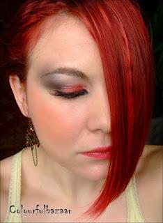 Full face machiaj rosu cu gene false inspirat de MAC face chart