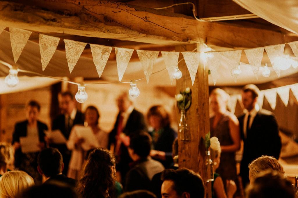 Bröllopsfest | dekoration | inspiration | belysning