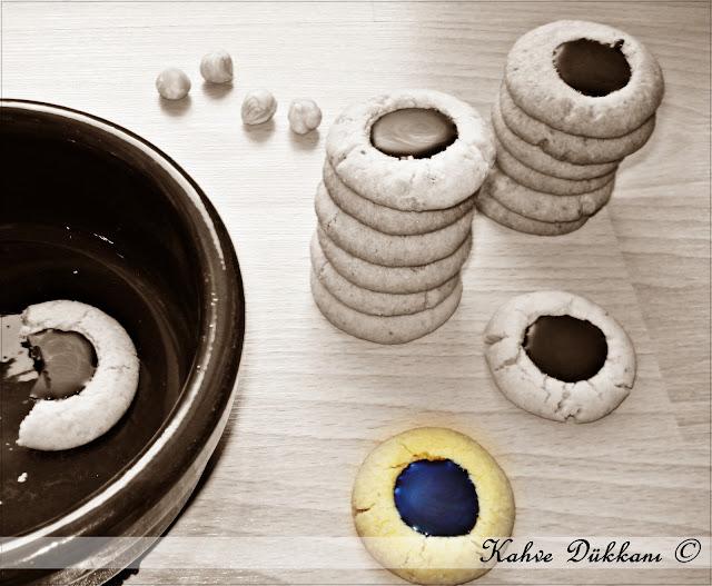 çikolata dolgulu fındıklı kurabiye