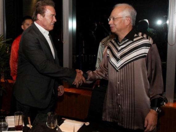 Apabila Najib Razak dan Arnold Schwarzenegger Bertemu