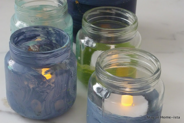 painted baby food jars turn into tealight holders